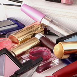 Makeup Expiration Dates: When To Throw It Out