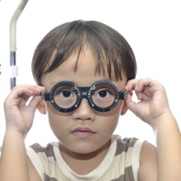 With new research, child eye exams may see less squirming