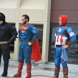 "Superhero window washers bring ""super"" surprise to young patients"