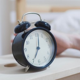"Daylight Saving: ""Fall back"" into a good sleep pattern"