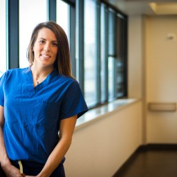 28-year-old woman with rare heart disorder dedicates career to saving others' hearts