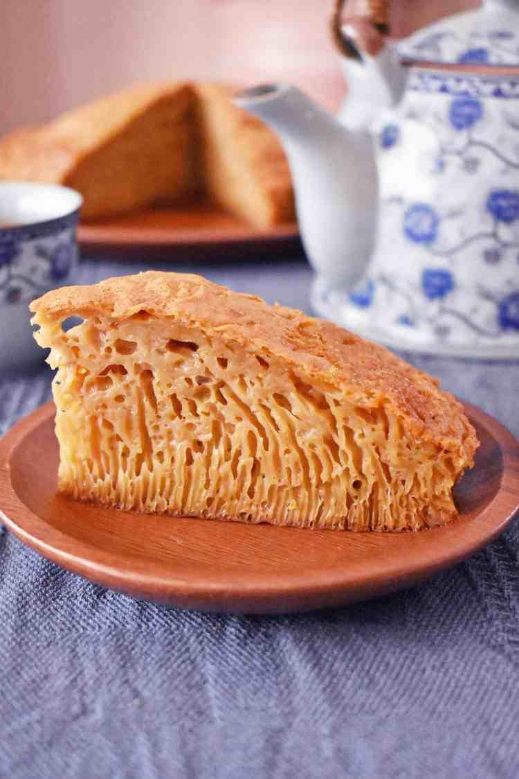 Brown Sugar and Vanilla Honeycomb Cake Slice