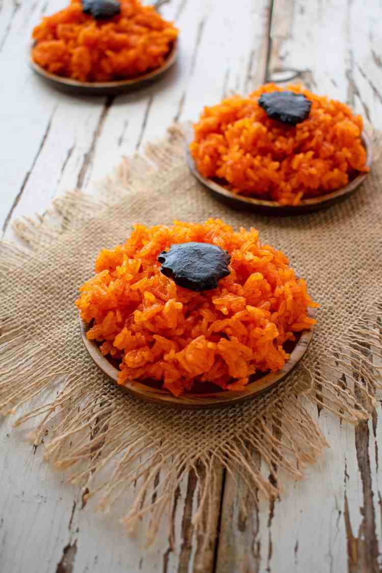Vietnamese Red Coconut Sticky Rice - Xoi Gac Nuoc Dua