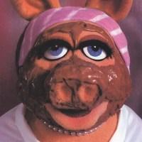 Gooey, Chocolate Chip, Peanut Butter Brownie {Under 200 Calories}