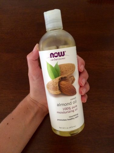 8 Benefits of Almond Oil - SCsScoop.com