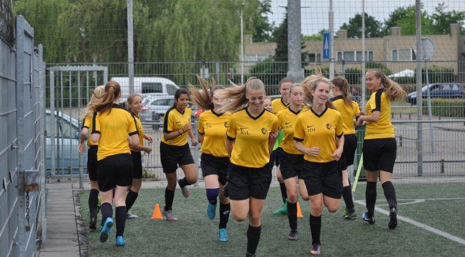 Foto's meisjestoernooi Sc 't Zand 17 en 18 juni 2017