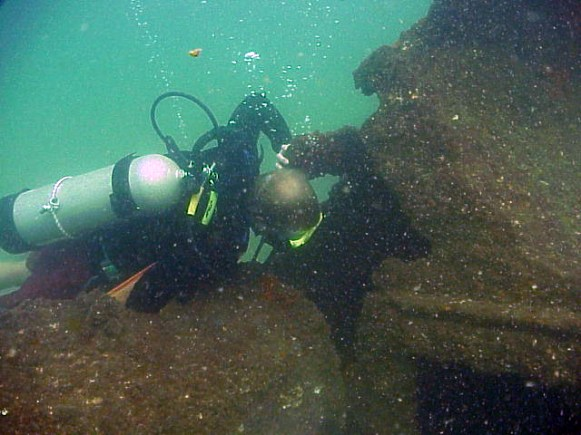 Archaeologist Exploring Vamar's wreckage (Photo Courtesy of the Florida Division of Historical Resources)