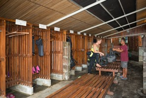 Dive lockers at the resort are roomy enough for all your gear, and the convenient changing bench in the middle makes it easy to take a seat while you pull on that wetsuit.
