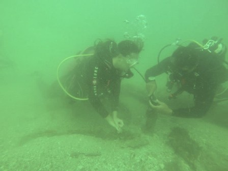Jim Humes of Sea Kat Divers with an open-water diver on the Regina (Photo Courtesy of Sea Kat Divers)