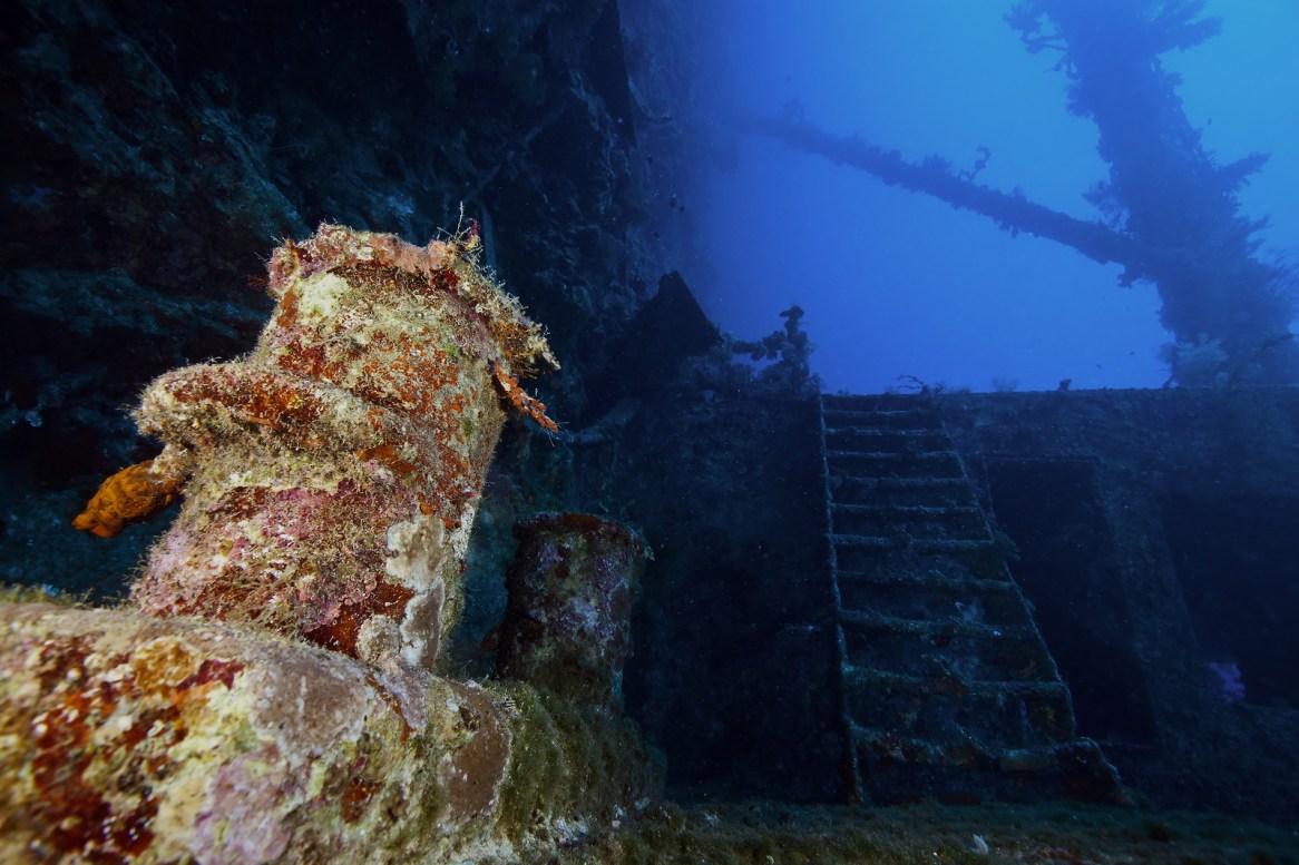 deep wreck diving