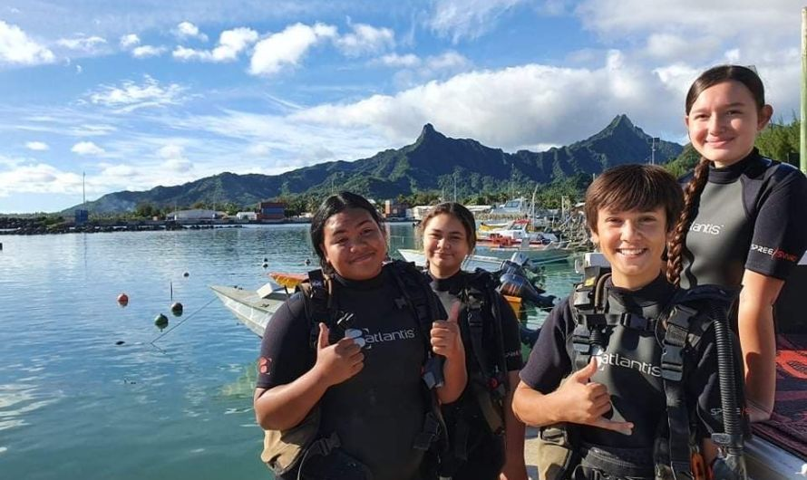 Education Through Scuba Diving in the Cook Islands