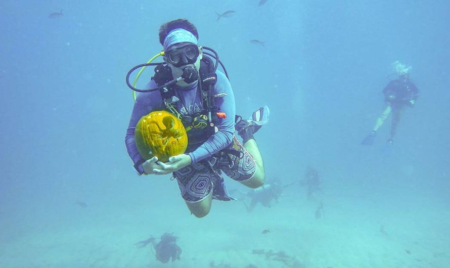 Everything You Need to Know About Underwater Pumpkin Carving Contests