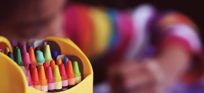 Cornicette da colorare per bambini: idee, libri, esempi