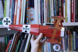 Aeroplano da costruire e storia da leggere