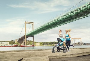 Correre con il passeggino: una tendenza in aumento