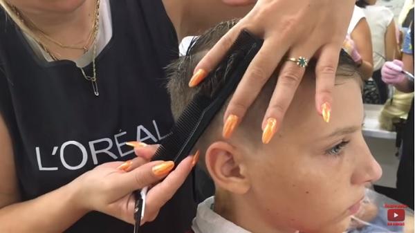 tagliare i capelli a casa