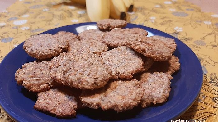 Biscotti banane e avena