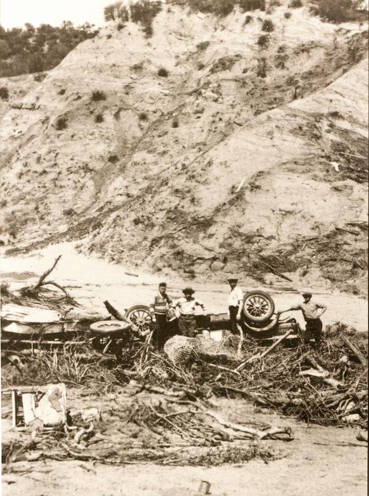 St. Francis Dam Wreckage  San Francisquito Canyon
