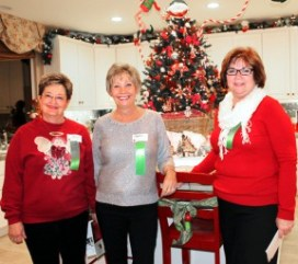 From left: Home Tour volunteers Alice Knebel, Cheryl Grey and Elaine Foderaro. Photos by Michele E. Buttelman.