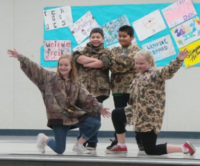 Peachland, Wiley Canyon Students Experience Hip Hop Dancing