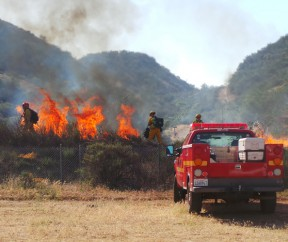 firefighters-conduct-live-burn-drills-castaic-prepare-fire