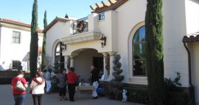 Henry Mayo Foundation Hosts 34th Annual Holiday Home Tour