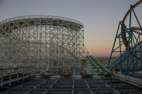 Six Flags Magic Mountain Gives Sneak Peek For Twisted Colossus,