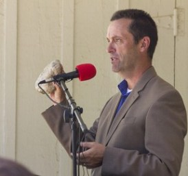 Rep.-Steve-Knight-Holds-St.-Francis-Dam-Disaster-Castaic-Wilderness-Press-Conference-3