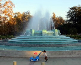 mulholland_fountain_111013g