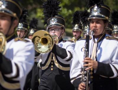 Parade_fv053016-10