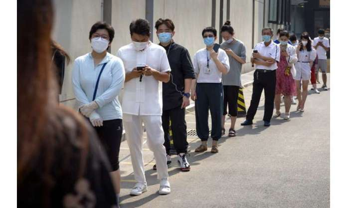 China virus cases stabilize as Italy sees drop in deaths