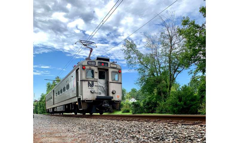 Local commuter train helps nuclear arms control researchers