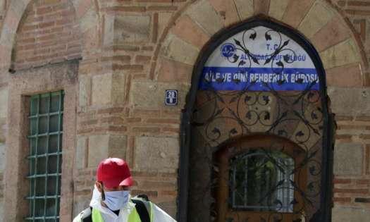 Turkey to lift travel ban, open gyms, restaurants on June 1