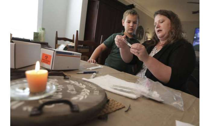 US kids, parents perform DIY tests for coronavirus science