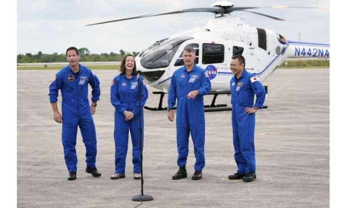 SpaceX's next crew arrives in Florida for Earth Day launch