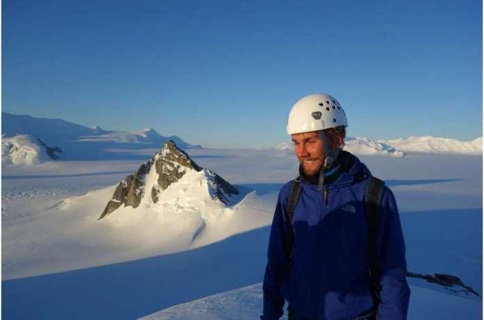 अंटार्कटिक ग्लेशियर के टिपिंग प्वाइंट के साक्ष्य की पहली बार पुष्टि हुई