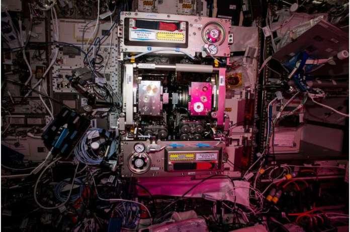 Image: ISS Biolab facility