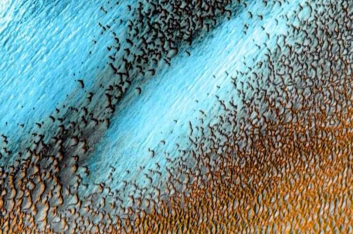 नासा के ओडिसी ऑर्बिटर ने मंगल ग्रह की मैपिंग के 20 ऐतिहासिक वर्षों को चिह्नित किया है