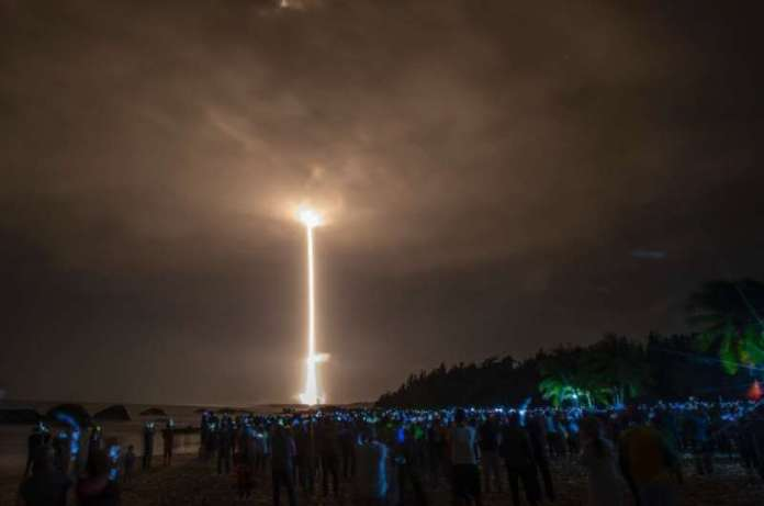 चीन के चांग'-5 चंद्र जांच करने वाले एक रॉकेट के प्रक्षेपण ने रेखांकित किया कि बीजिंग ने अपने 'स्पेस डी' की दिशा में कितनी प्रगति की है