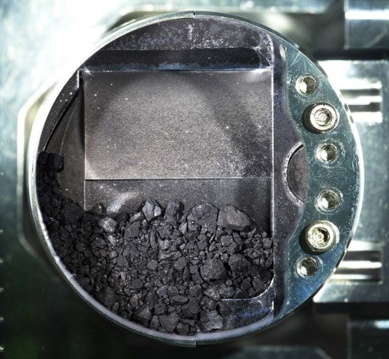 Gifts of a Japanese spacecraft: Asteroid chips like coal