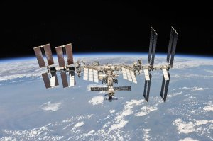 Science without gravity on the International Space Station