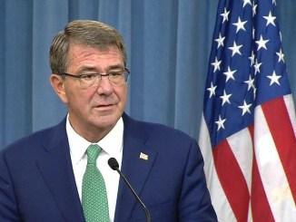 وزير الدفاع الأميركي آشتون كارتر