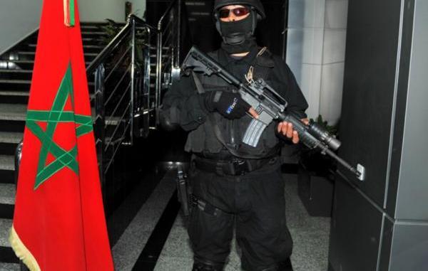 عنصر من الأمن المغربي