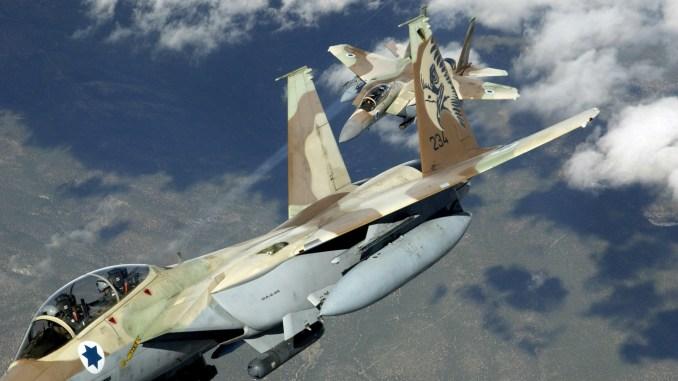 مقاتلتا أف-15 تابعتان لسلاح الجو الإسرائيلي