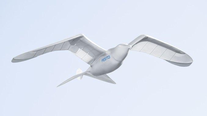 الطائرة من دون طيار RoboBird