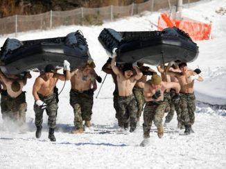 تدريبات لمشاة البحرية الكورية الجنوبية والأميركية