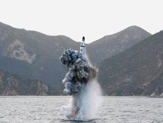 صاروخ بالستي عابر للقارات لكوريا الشمالية