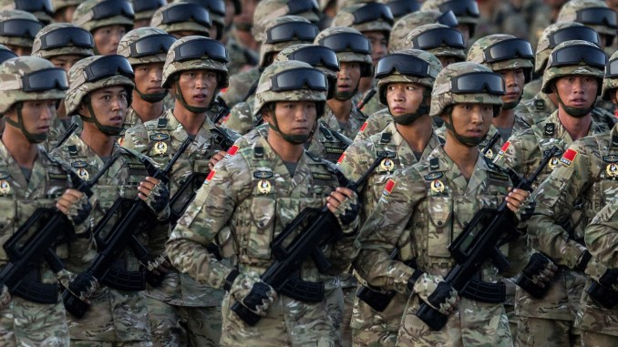 عناصر من الجيش الصيي