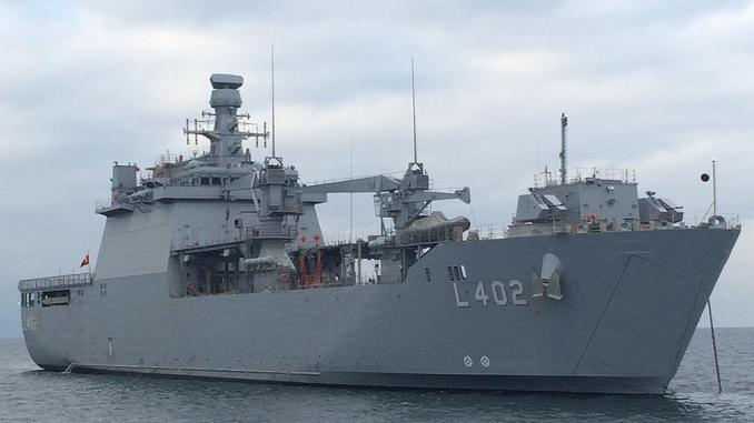 """السفينة البرمائية التركية """"تي جي كي بيرقدار"""""""