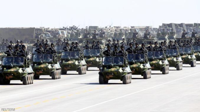 عرض عسكري صيني